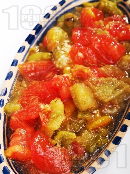 Салата кьопоолу - оригинална класическа рецепта с домати, печени чушки, патладжан и чесън - снимка на рецептата